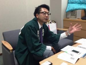写真 今回取材をうけていただいた鈴本演芸場の鈴木さん