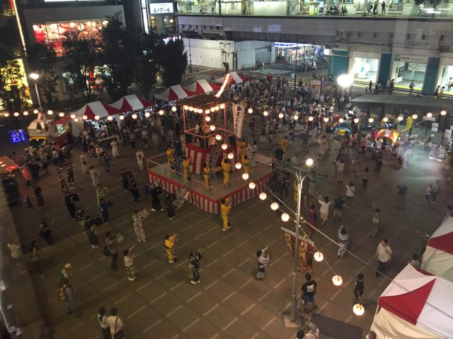 盆踊り、おかちまちパンダ広場